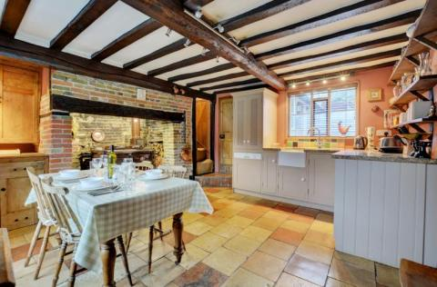 Kitchen Diner at Apple Tree Cottage