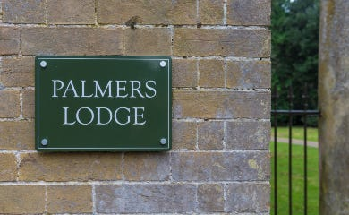 Palmers Lodge Nameplate