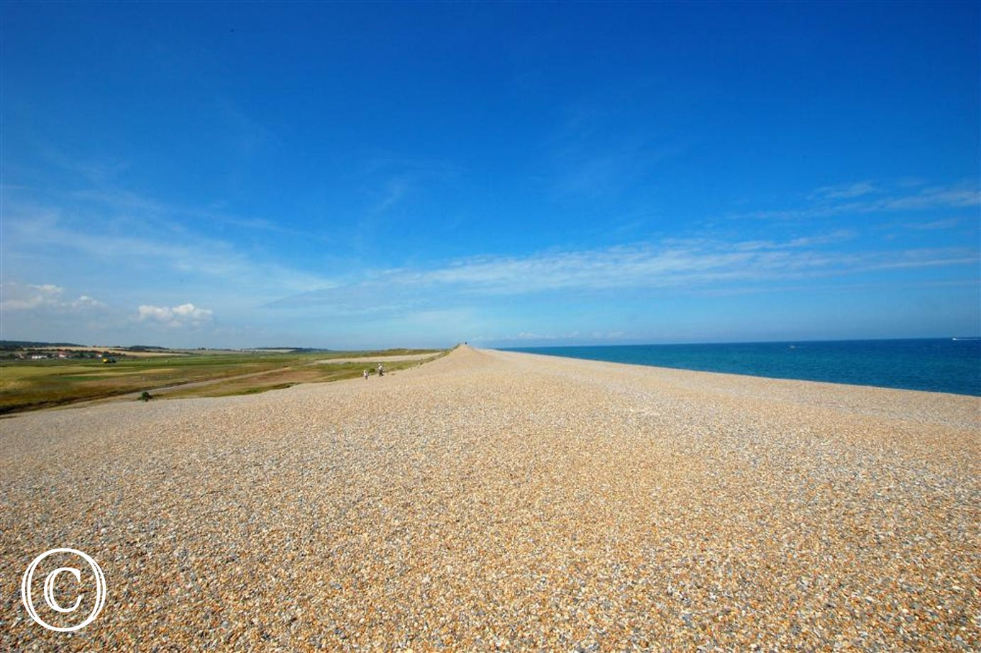 A beautifil view of the beach at Salthouse