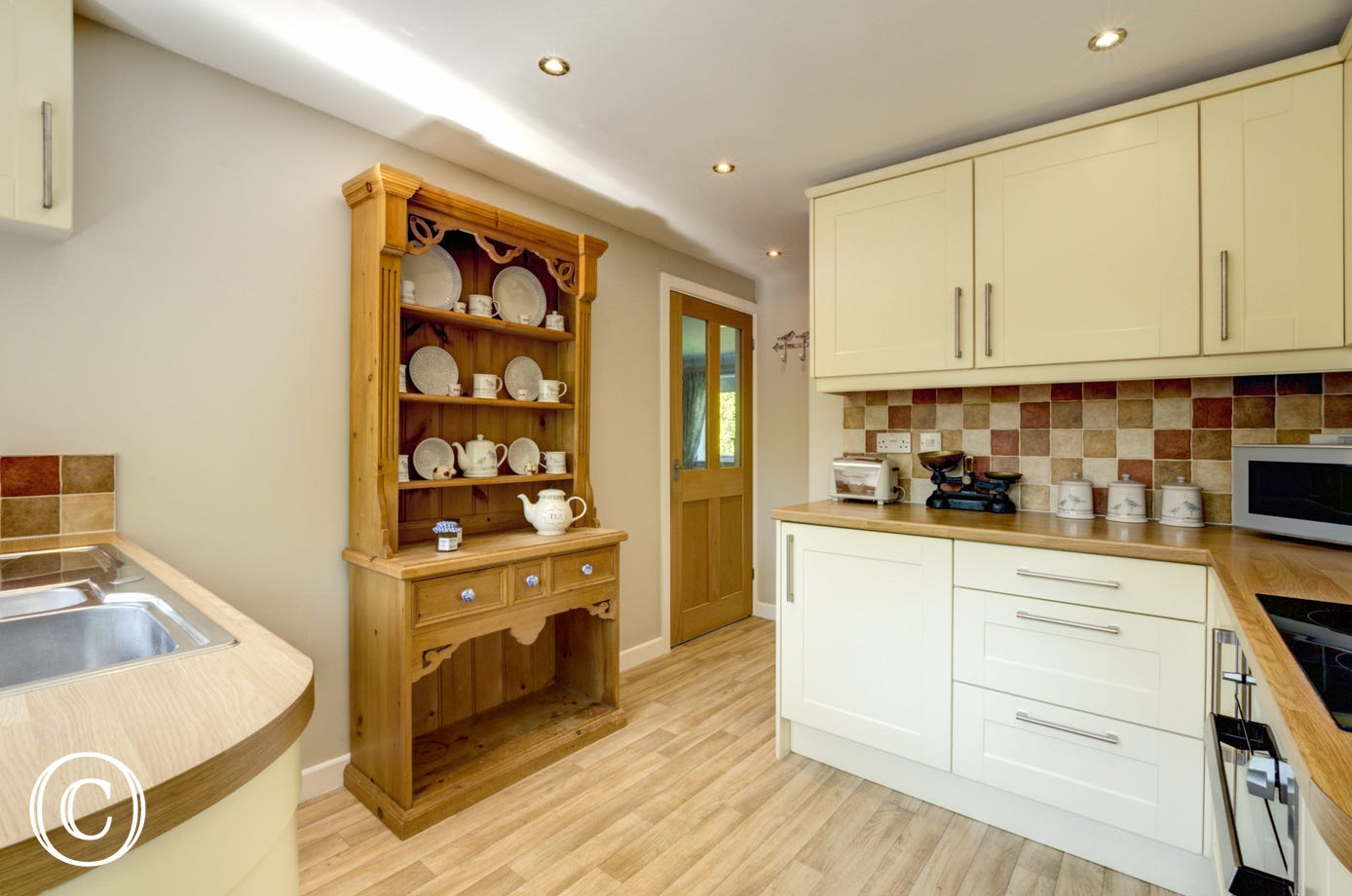 Kitchen with welsh dresser