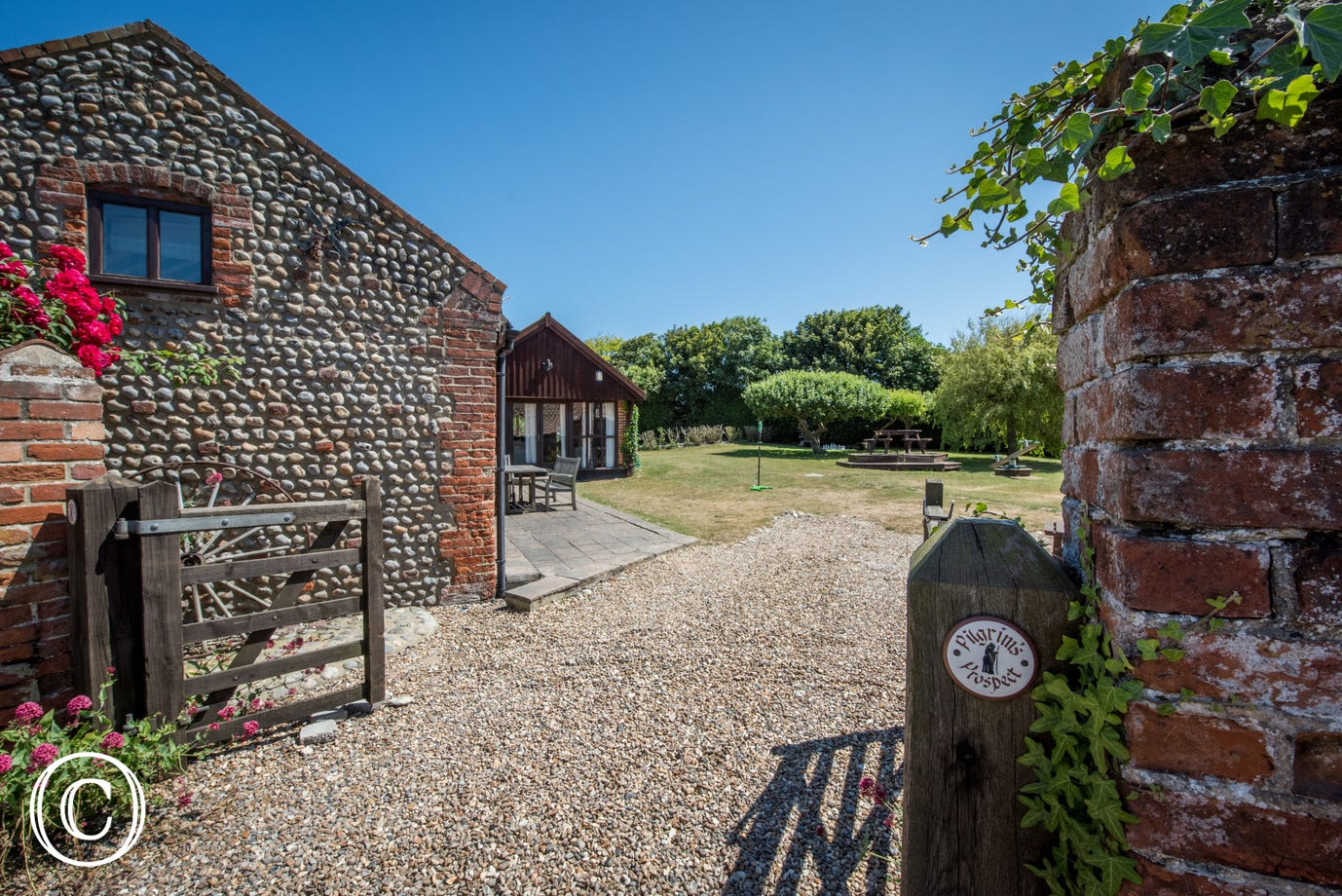 Each cottage has its own private area with table, chairs and gas barbecue, ideal for al fresco dining. There is also shared use of the extensive gardens with a summerhouse, outdoor chess set and swingball