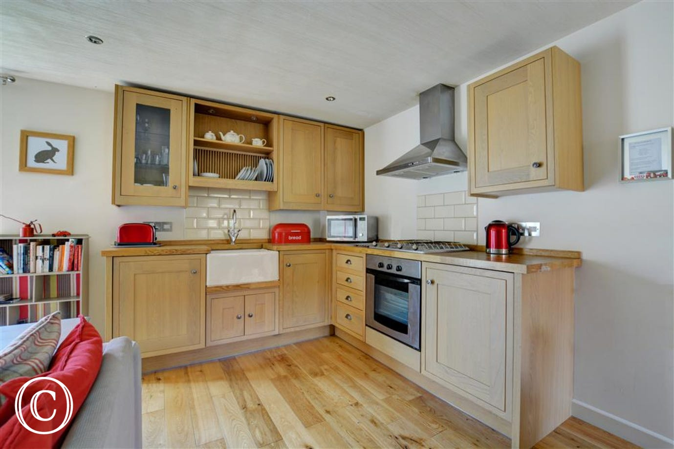 Stunning modern kitchen area, well equipped with plenty of worktop space