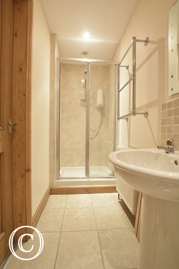 Beautifully finished en suite shower room