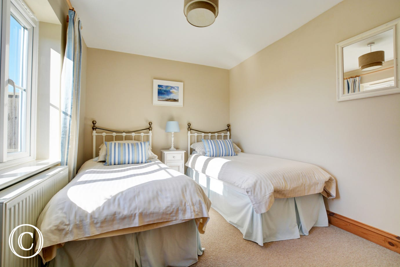 Lovely double bedroom with twin beds, ideal for children