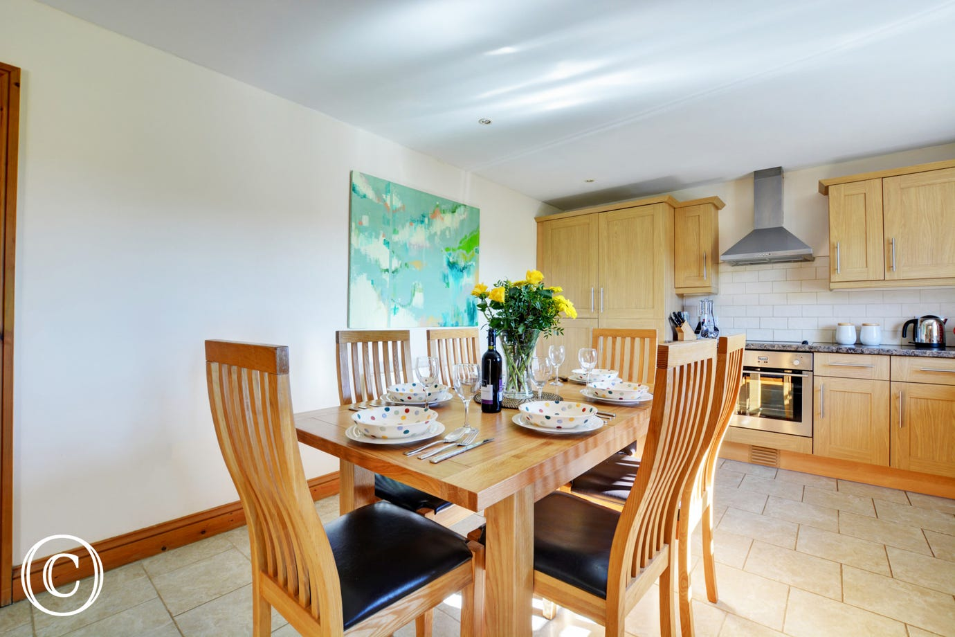 Lovely kitchen with dining area