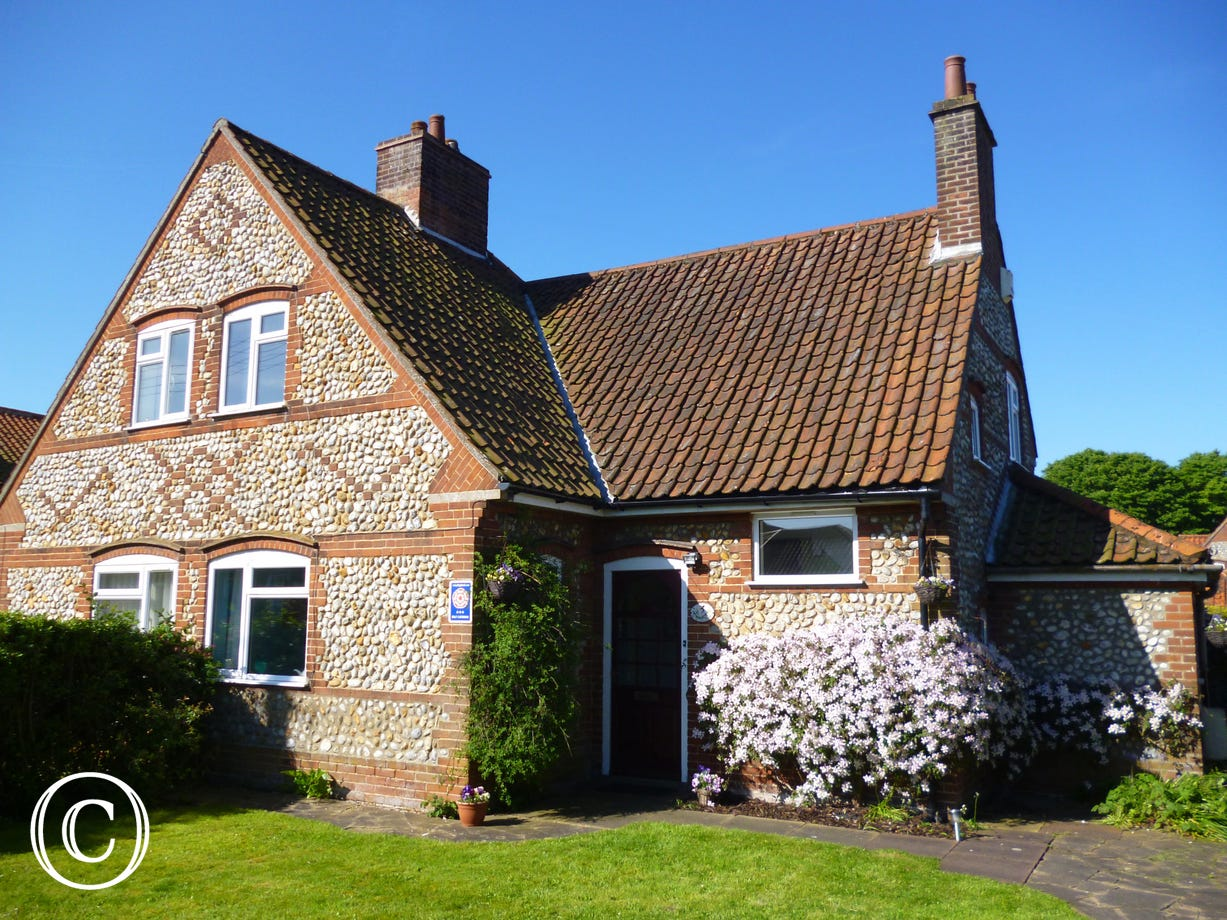 Fairstead Cottage on a lovely sunny day