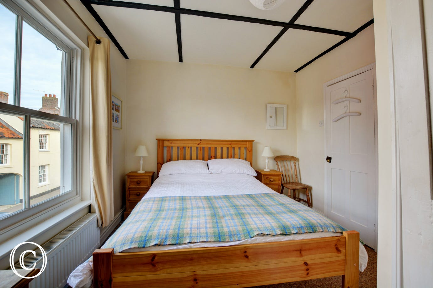 Light and airy double bedroom with en-suite shower room.