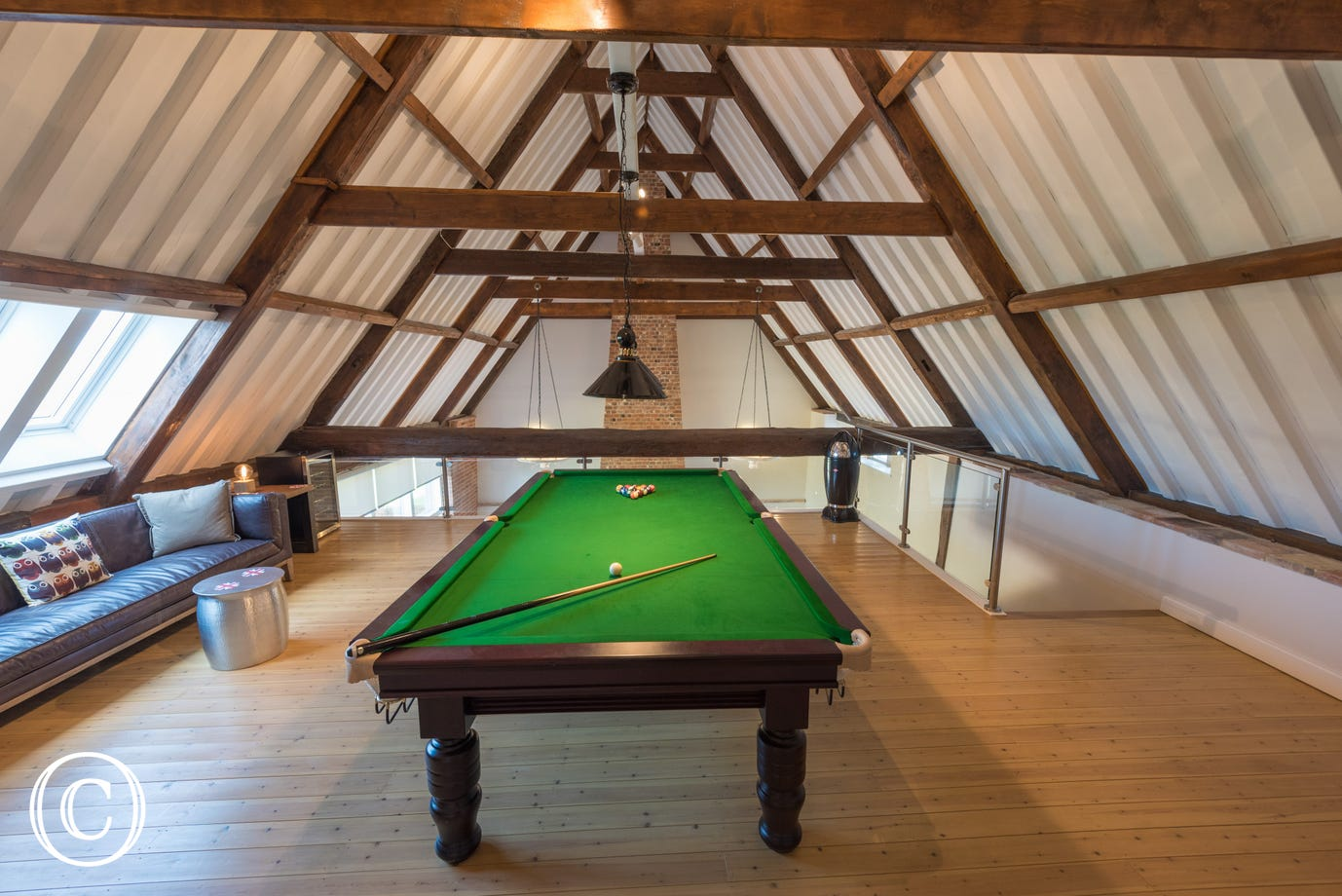This property has the added luxury of a pool room!