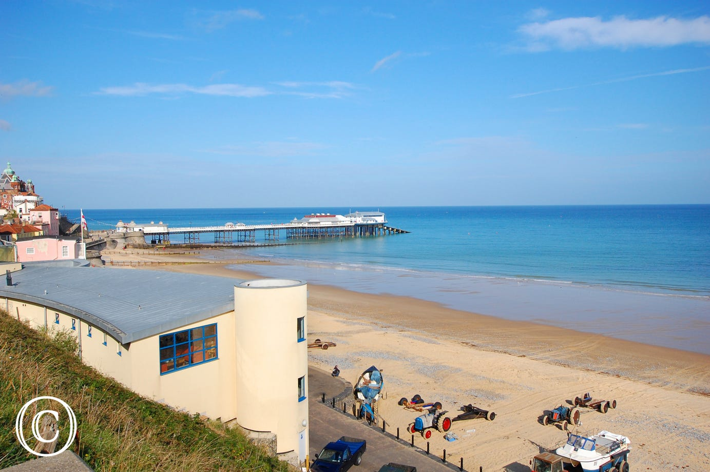View of Cromer Beach and Pier.