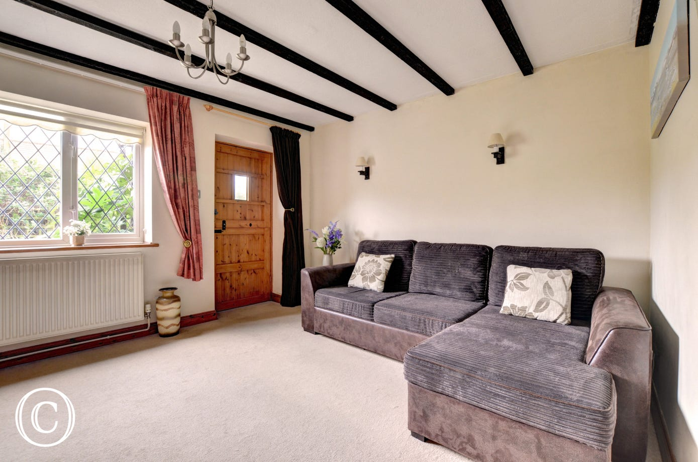 Large sitting room with comfy sofa