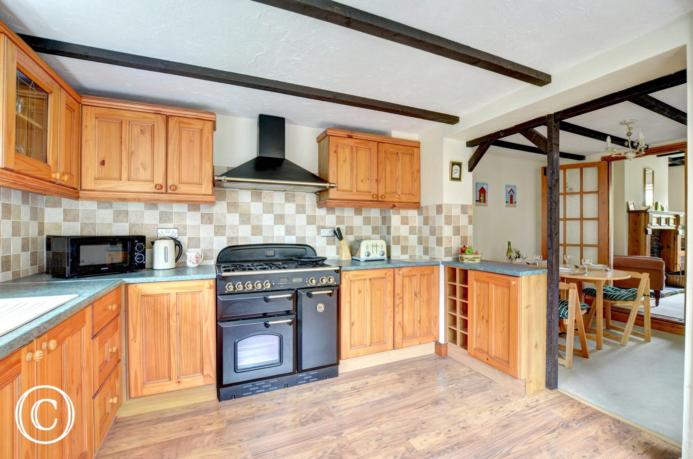 Spacious kitchen with a Rangemaster cooker and other major appliances
