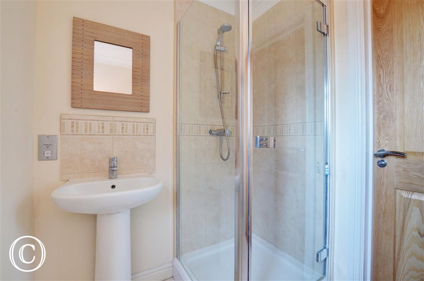 This property benefits from a ground floor shower room