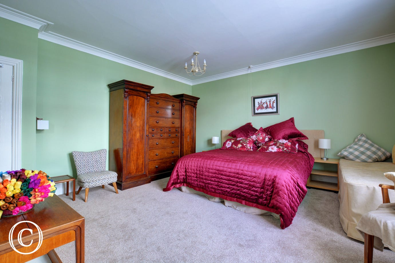 Bedroom 2 with  6' zip & link bed which can be converted into twin beds on request.