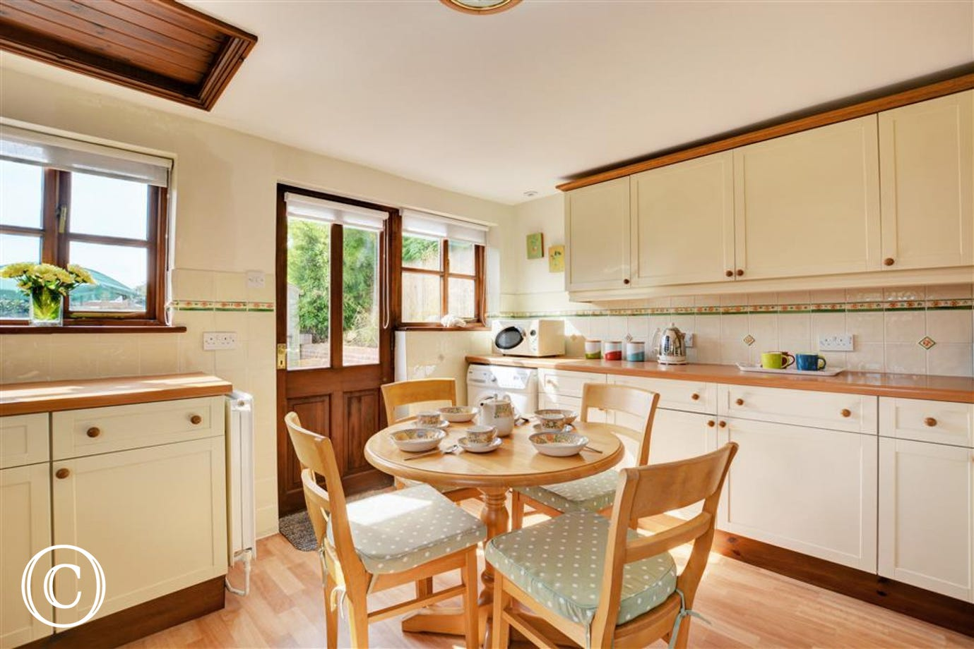 Kitchen equipped with all needed for your self catering break