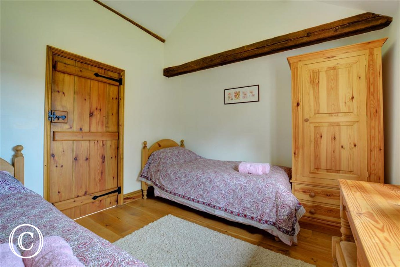 Twin beds also available in bedroom 3