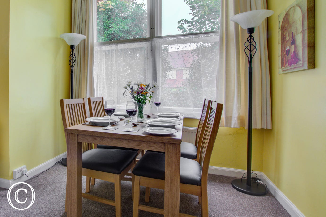 Dining area with table & chairs