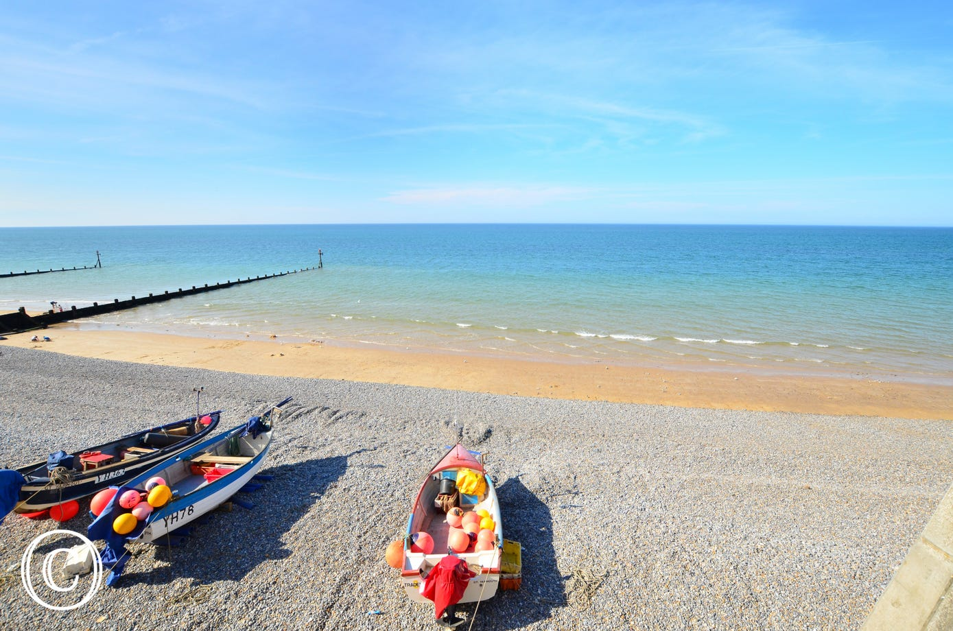 5 Carpenters Cottage is 7 miles from the sandy beach at Sheringham