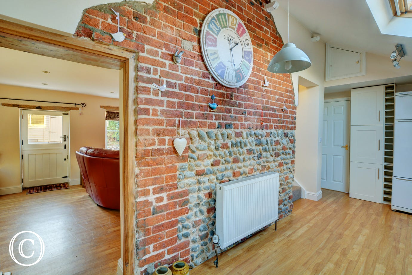 Brick and flint feature wall