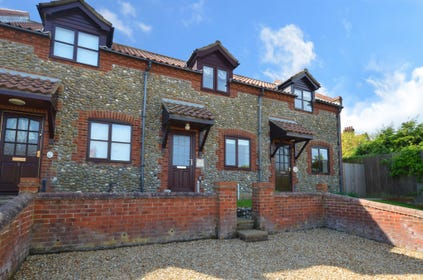 Greenbank is a modern terraced property set within a quiet area of Salthouse and offering sea views from the front bedroom and kitchen. The accommodation is comfortable and is ideal for families or couples