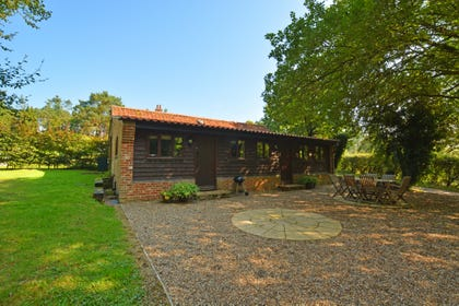 Watermere barn is a single storey wood clad barn in an idyllic peaceful location.