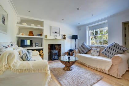 Sitting room, beautifully furnished with attention to detail