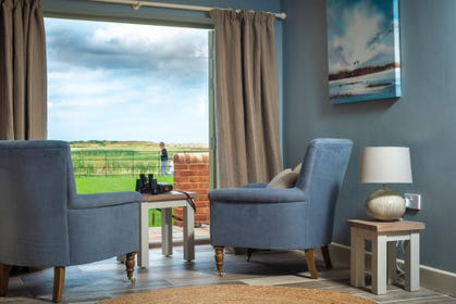 Ideal spot for birdwatching in Sitting Room